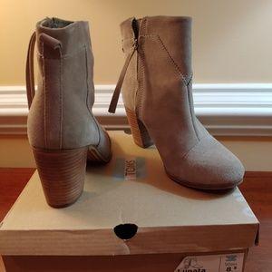 TOMS Lunata Taupe Suede Short Boots